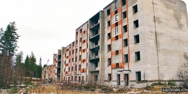Недостроенная шестиэтажка по улице Калевала