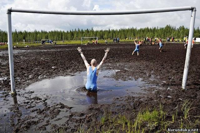болотный футбол-2