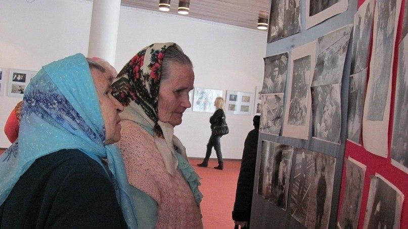 Открытие фотовыставки «Война глазами молодёжи»