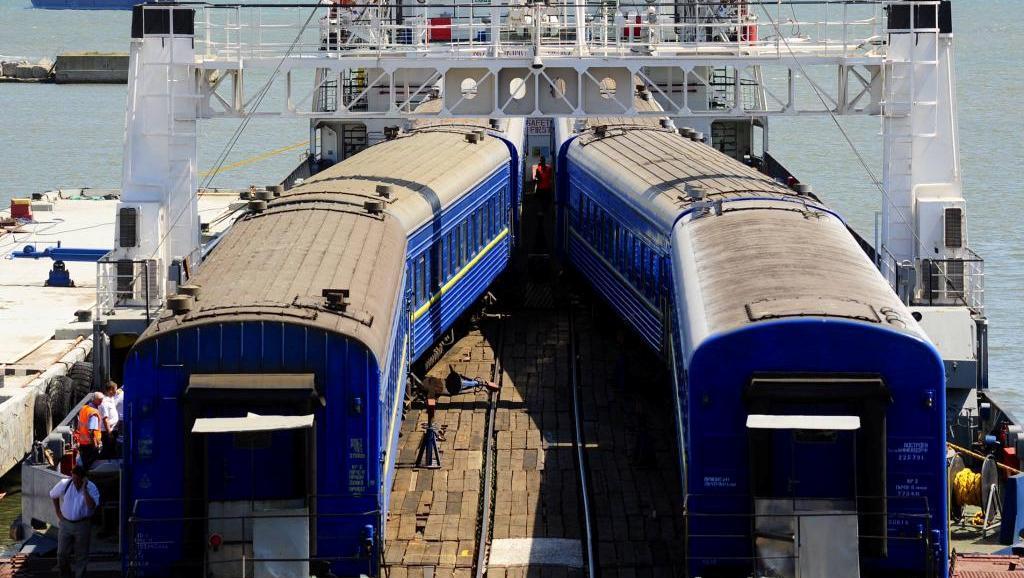 поезд на пароме