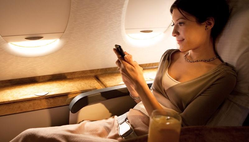мобильник в самолете