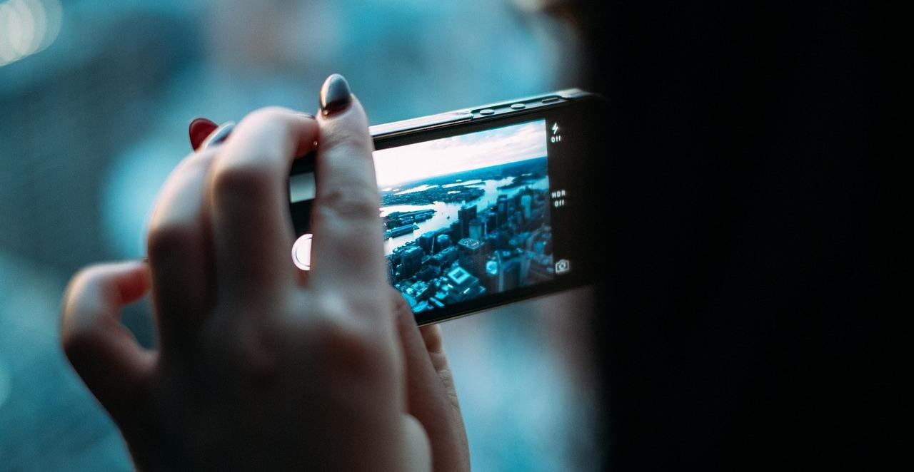 video-po-kategoriyam-onlayn-telefon-foto-ebu-suprugu-v-zhopu