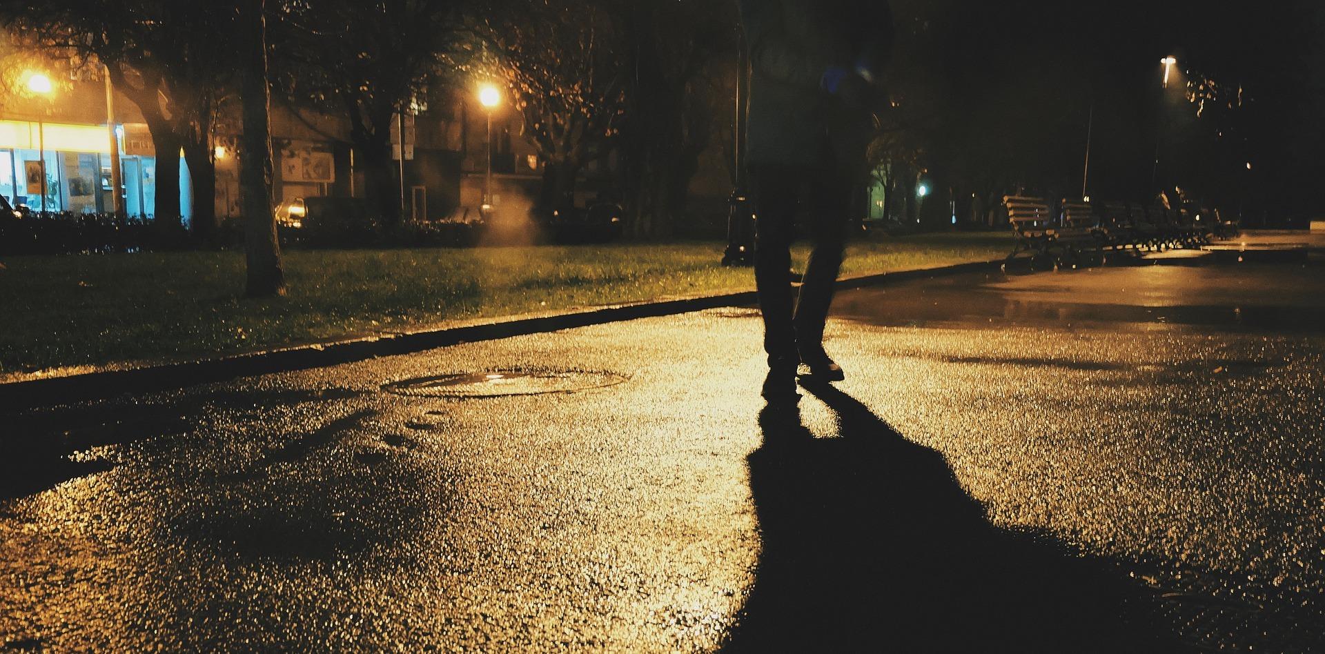 ночь пешеход пиксаьай