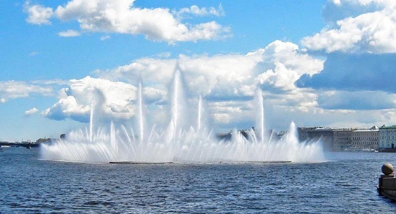 фонтан плавучий