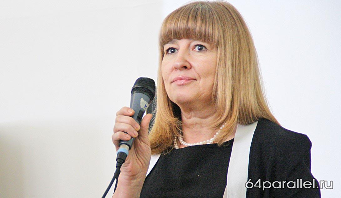 Елена Гнетова