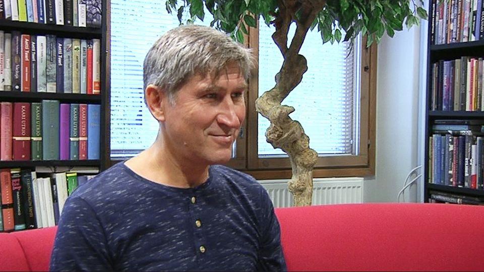 Василий Попов Юле