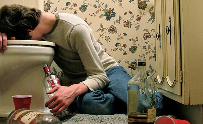 Как остановить у алкоголика запой в домашних условиях