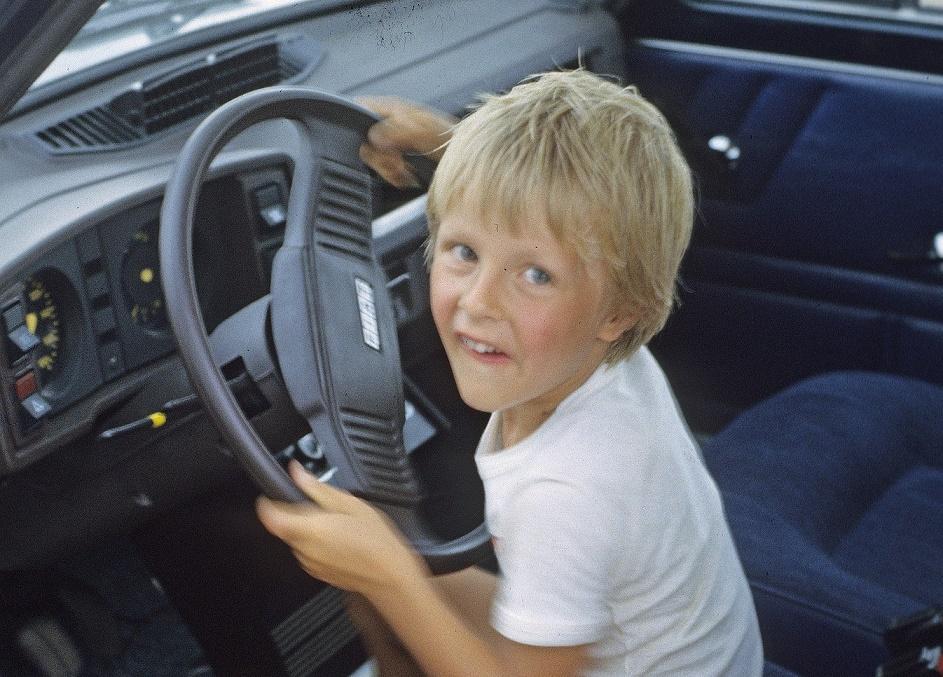 ребенок машина Пиксбэй