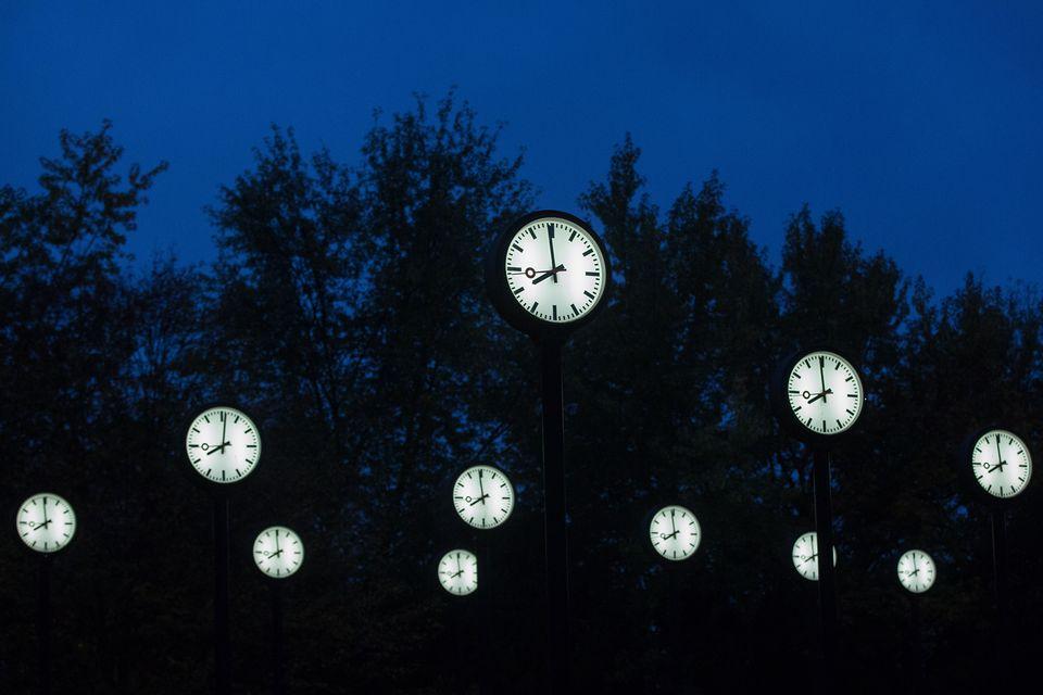 часы Юле