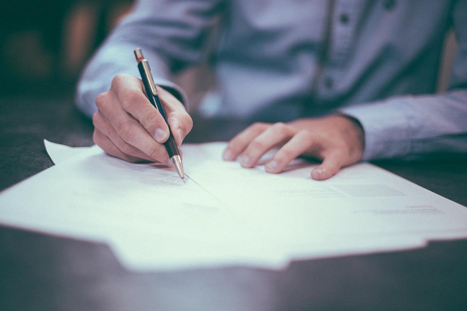 ручка бумага подпись pixabay.com