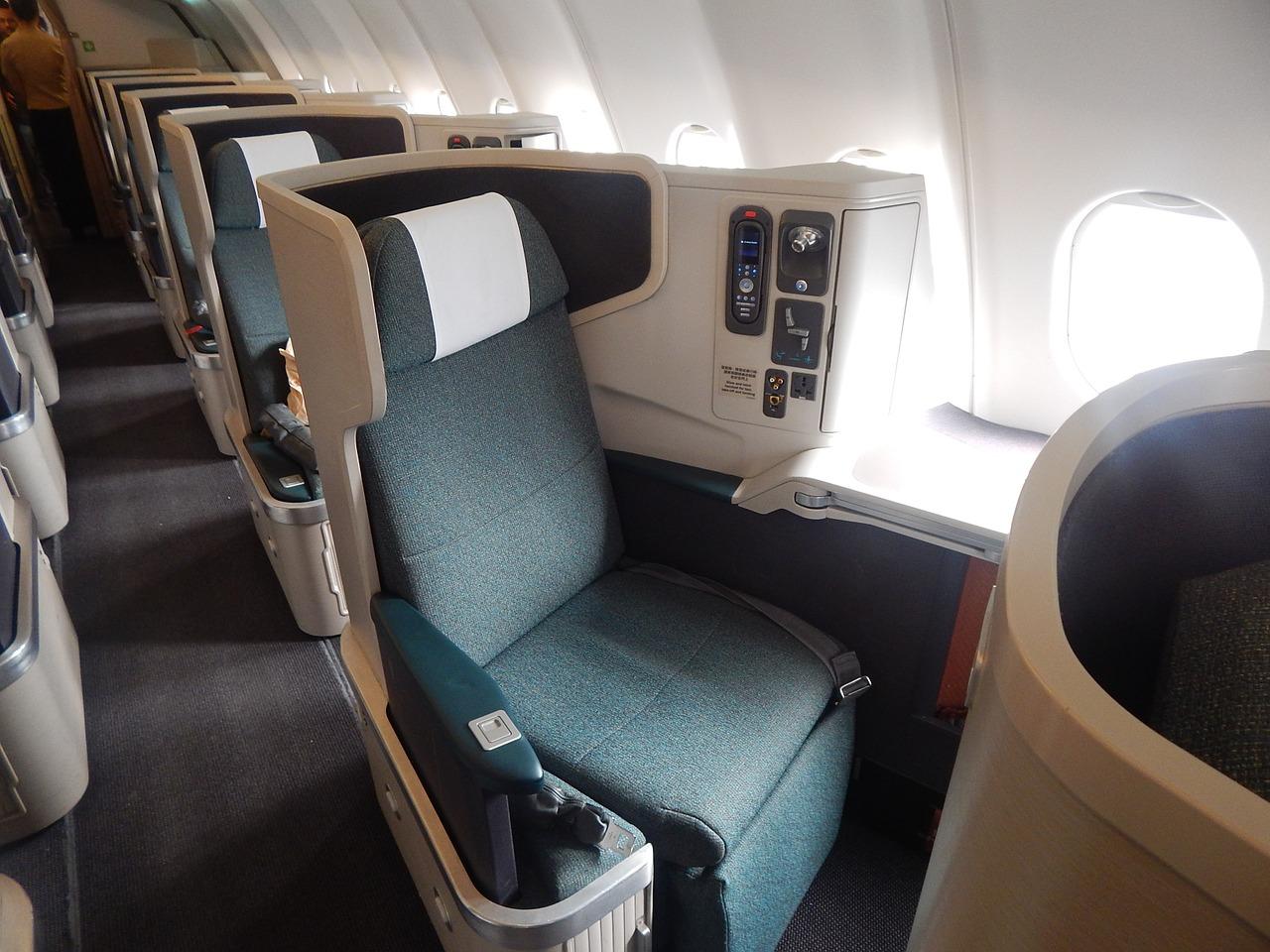 самолет салон бизнес-класс Пиксбэй
