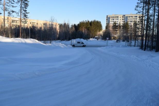 Центральные дороги в блоке «Ж» чистят за счет местного бюджета