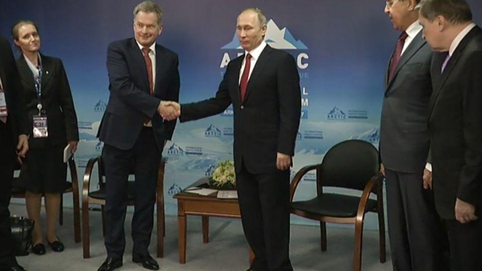 Путин Саули Юле