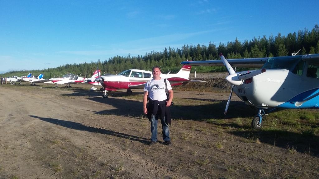Николай с самолетами