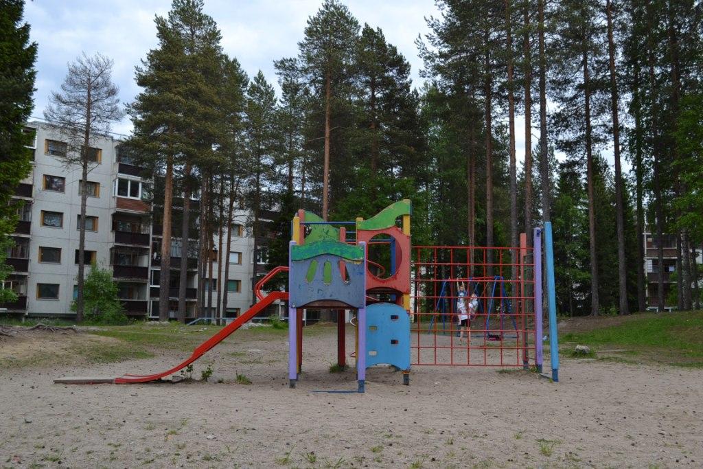 детская площадка ленина 10 уборка (2)