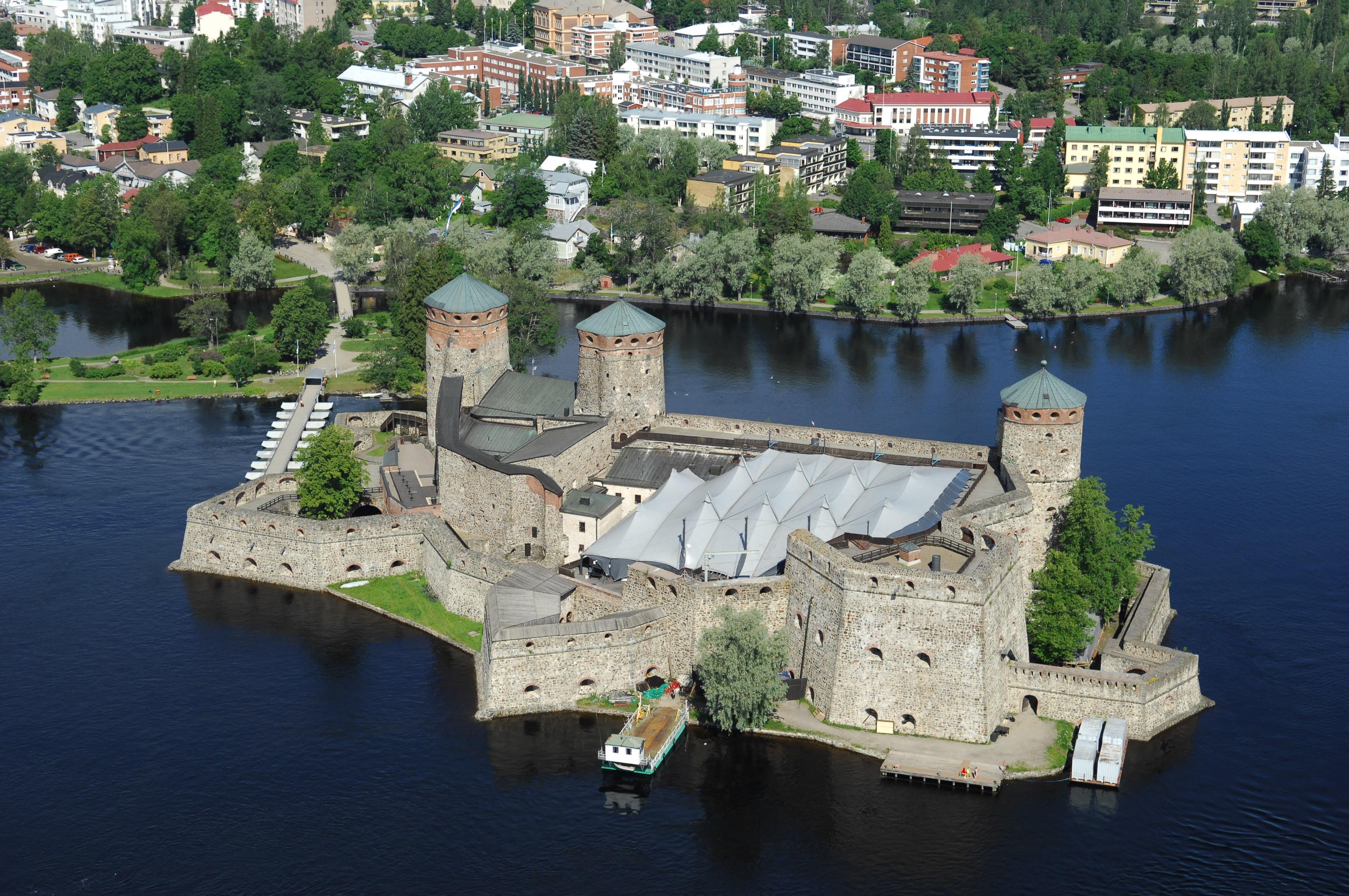 замок Олавинлинна