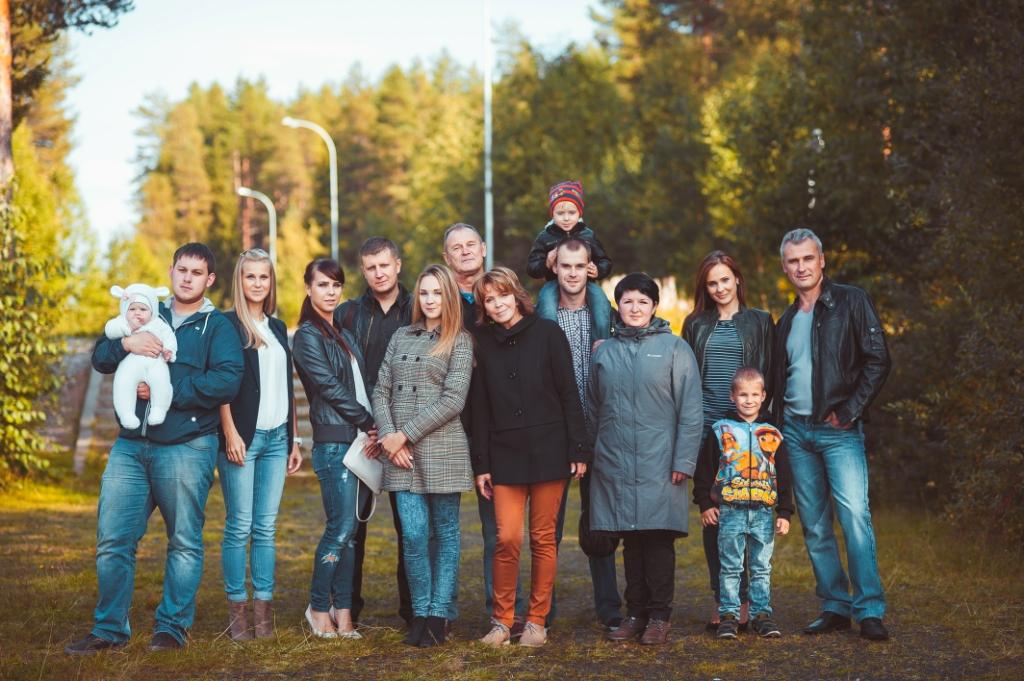 0-krasavcevy-vsya-semya-v-sbore-foto-nikity-zernova-2015-god