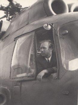 Командир экипажа вертолета Ми-8 Валентин Матюшкин