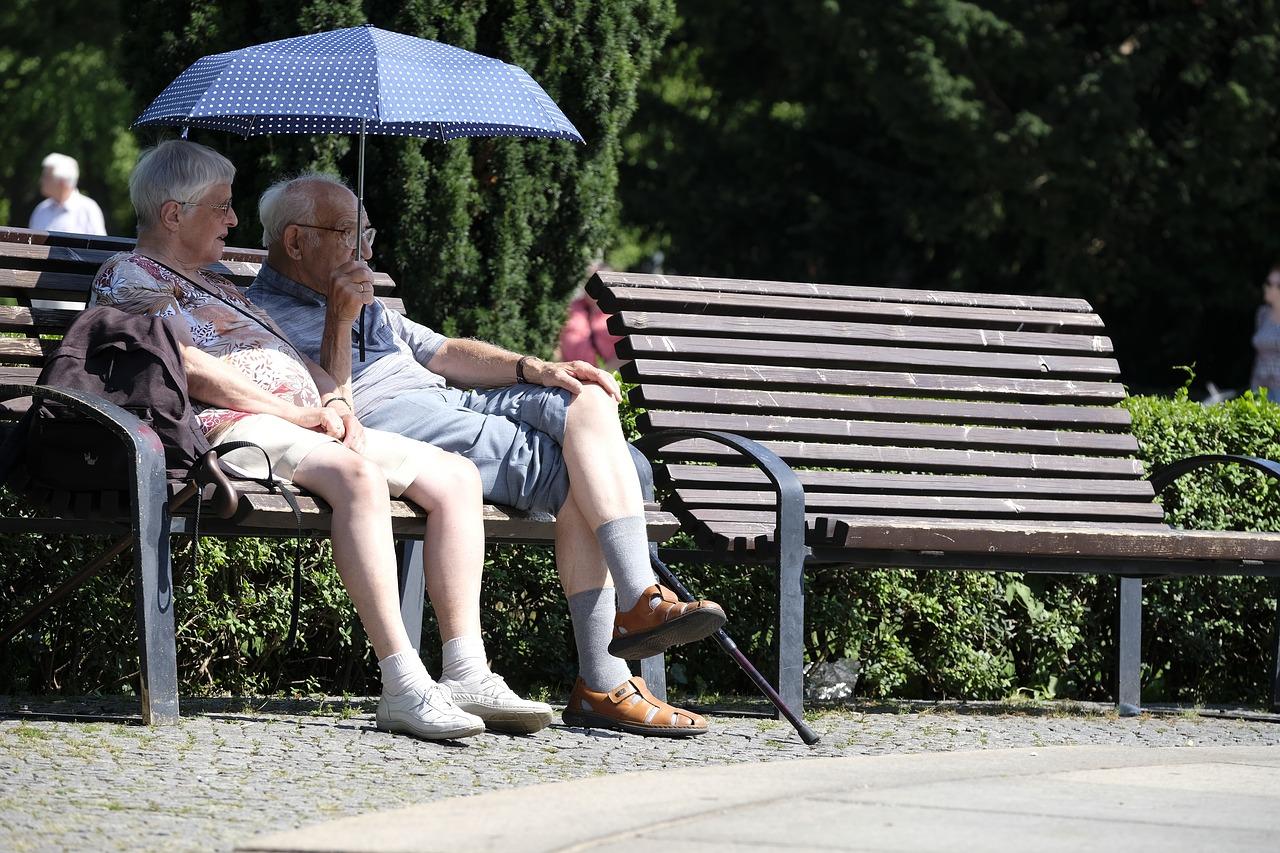 пенсионеры Пиксабей
