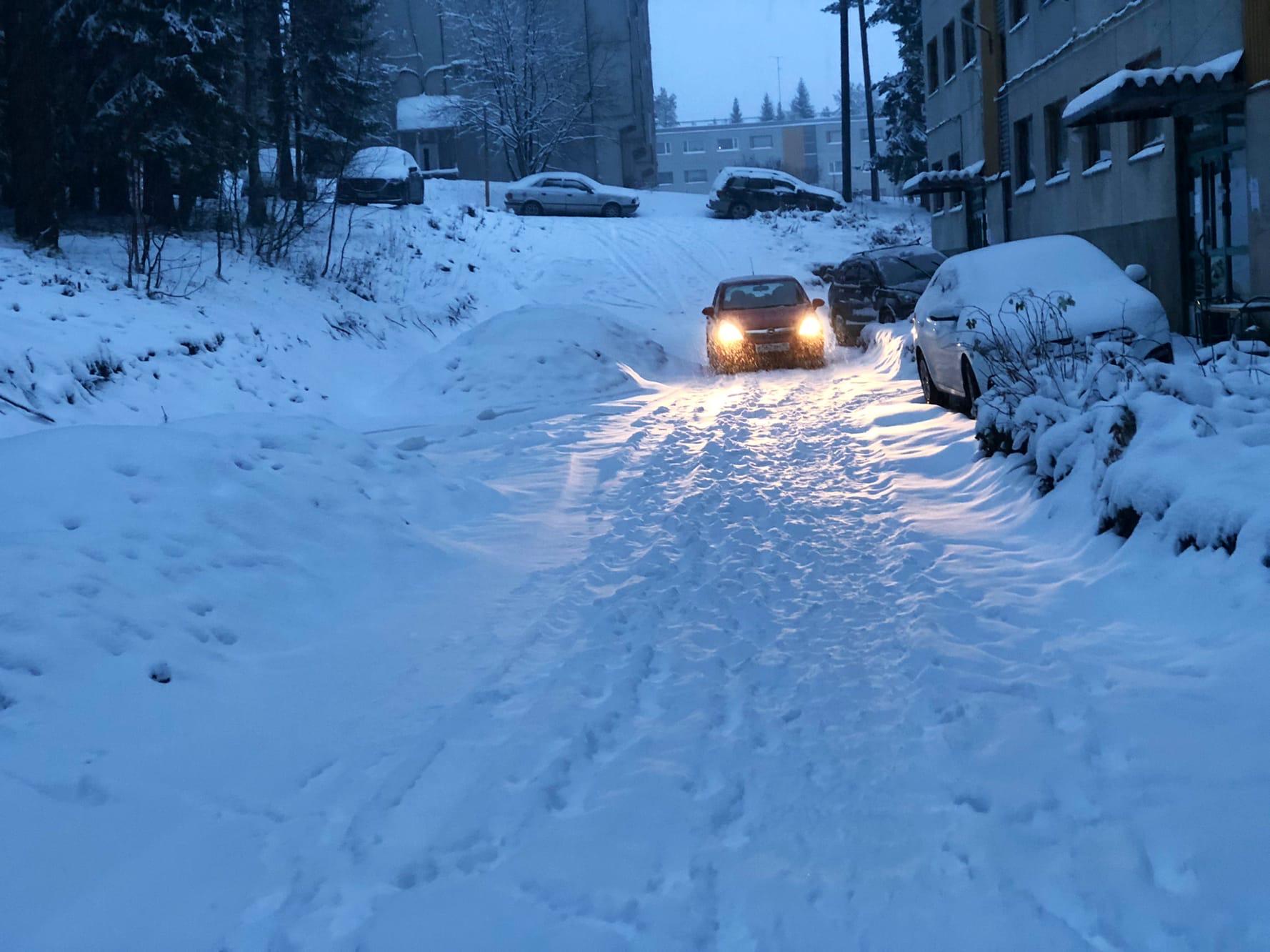 Горняков 5 снег