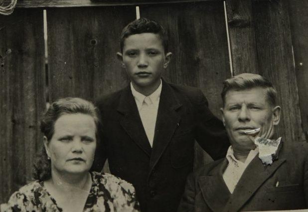 На фото 1950 года семья Кузнецовых